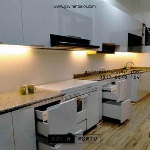 Jasa Bikin Kitchen Set Warna Putih Jasmine Residence Tanjung Barat Jagakarsa Jakarta Id4659T