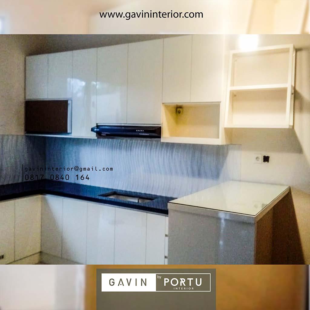 Kitchen Set Minimalis Modern Warna Putih Gading Cluster Madrid Palem Semi Cibodas Tangerang id3566